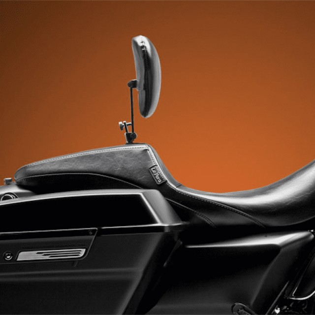 LE PERA OUTCAST SEAT WITH BACKREST HARLEY TOURING 08-21- SIDE VIEW