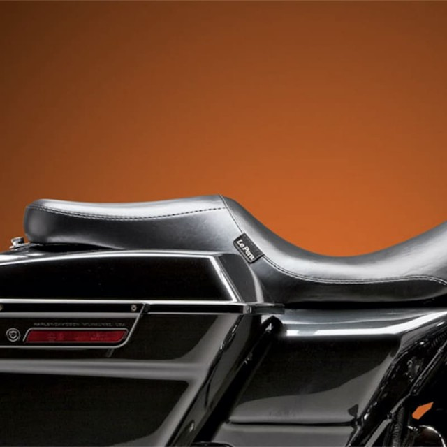 LE PERA SILHOUETTE SMOOTH 2 UP SEAT HARLEY TOURING 08-19 - SIDE