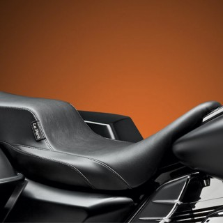 LE PERA NOMAD II 2 UP SMOOTH SEAT HARLEY TOURING 08-19