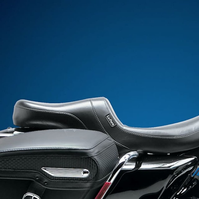 LE PERA DAYTONA TWO UP SMOOTH SEAT HARLEY TOURING 02-07 - SIDE