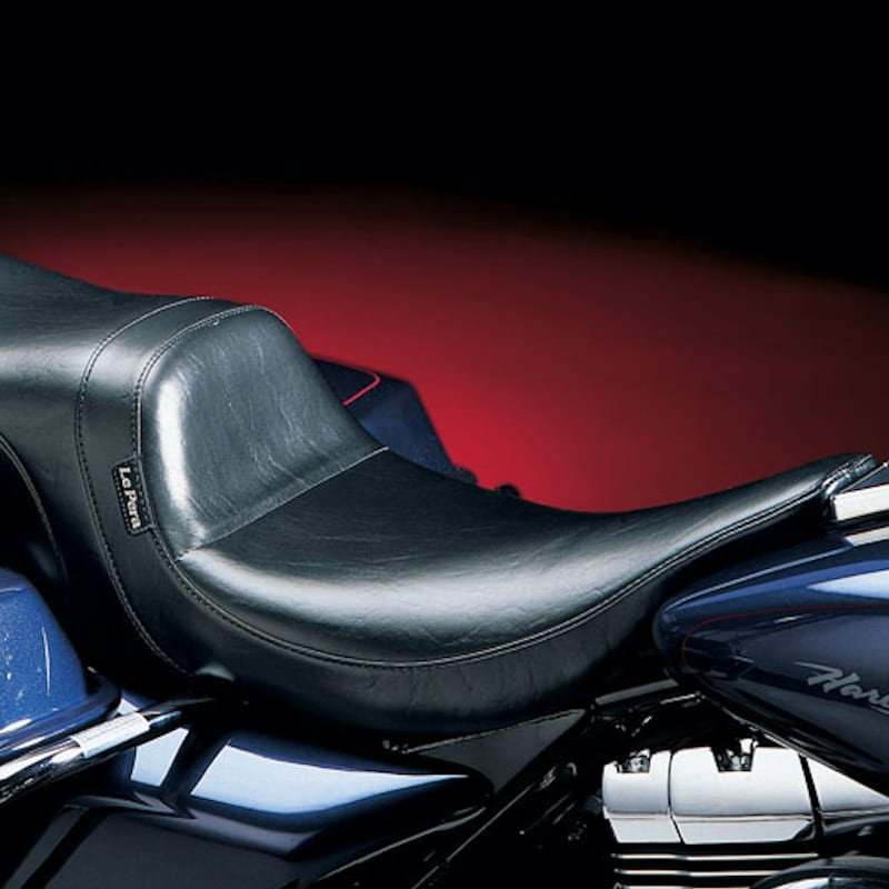 LE PERA DAYTONA TWO UP SMOOTH SEAT HARLEY ROAD KING 02-07