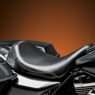 LE PERA SILHOUETTE SOLO SMOOTH SEAT HARLEY TOURING 08-19