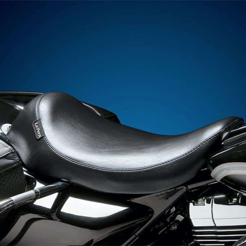 SELLA LE PERA SILHOUETTE SOLO SMOOTH SEAT HARLEY ROAD KING 02-07