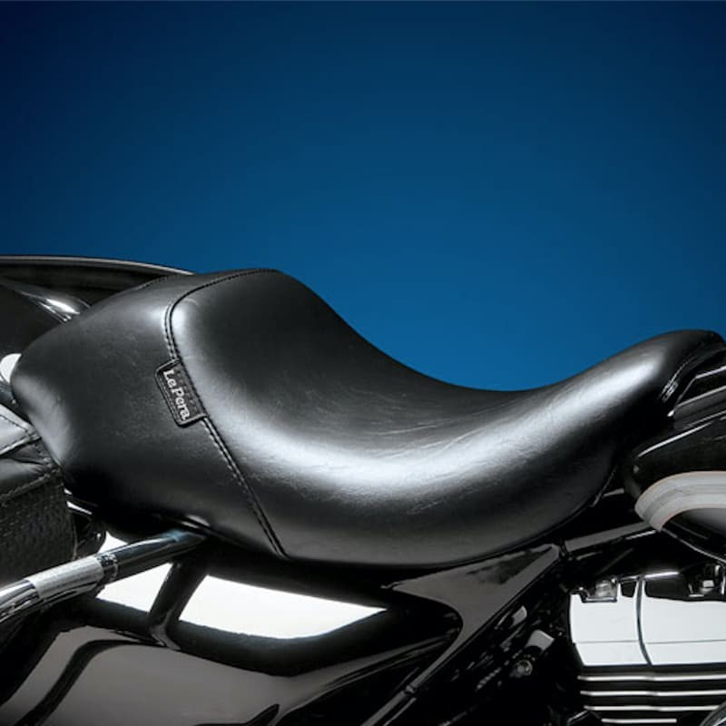 LE PERA BARE BONES SMOOTH UP FRONT SEAT HARLEY ROAD KING 02-07