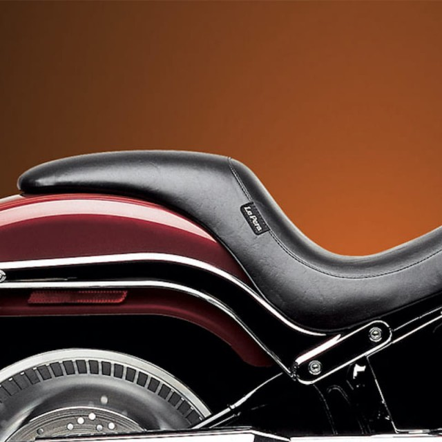 LE PERA SILHOUETTE SMOOTH FULL LENGTH SEAT HARLEY SOFTAIL DEUCE FXSTD 00-07 - SIDE