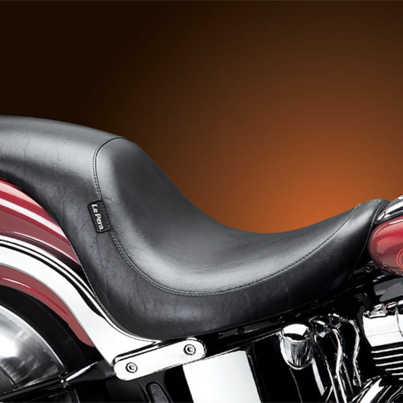 LE PERA SILHOUETTE SMOOTH FULL LENGTH SEAT HARLEY SOFTAIL DEUCE FXSTD 00-07