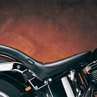 LE PERA COBRA TWO UP SMOOTH SEAT HARLEY SOFTAIL 00-07