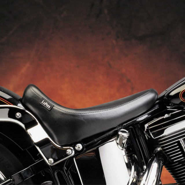 LE PERA SILHOUETTE DELUXE SOLO SMOOTH SEAT HARLEY SOFTAIL 08-17 - SIDE