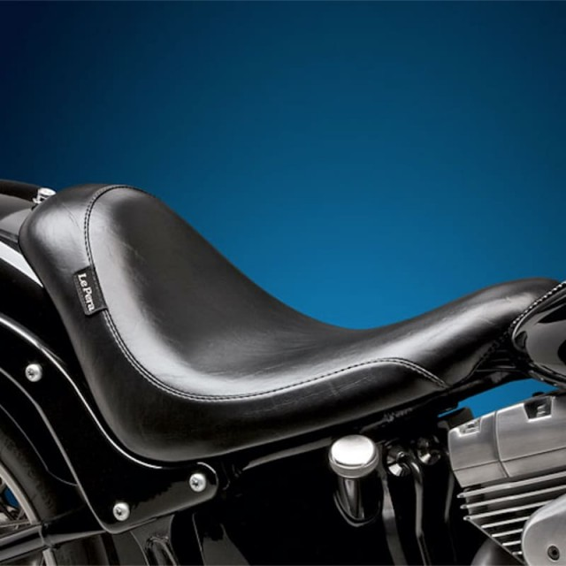 LE PERA SILHOUETTE SOLO SMOOTH SEAT HARLEY SOFTAIL 06-17