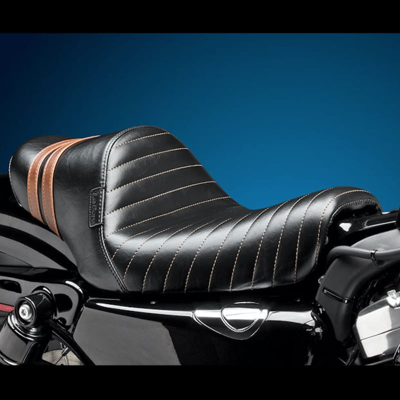 SELLA LE PERA STUBS SPOILER PLEATED SEAT BROWN STRIPES HARLEY SPORTSTER XL 2004-2020