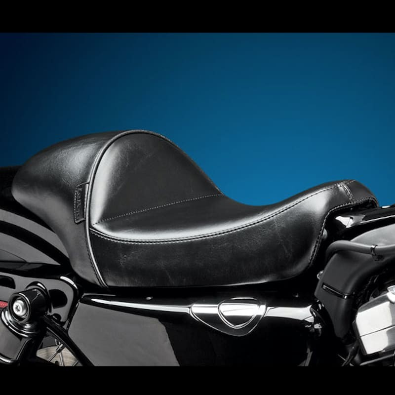 LE PERA STUBS CAFE SOLO SMOOTH SEAT HARLEY SPORTSTER 2004-2021