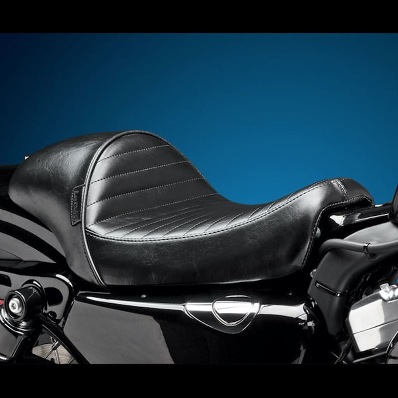 SELLA LE PERA STUBS CAFE SOLO PLEATED SEAT HARLEY SPORTSTER 2004-2020