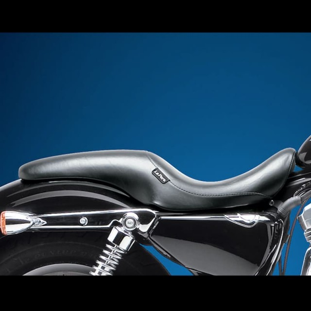 LE PERA SILHOUETTE SMOOTH UP FRONT SEAT HARLEY SPORTSTER XL 07-21 3,3 TANK - SIDE