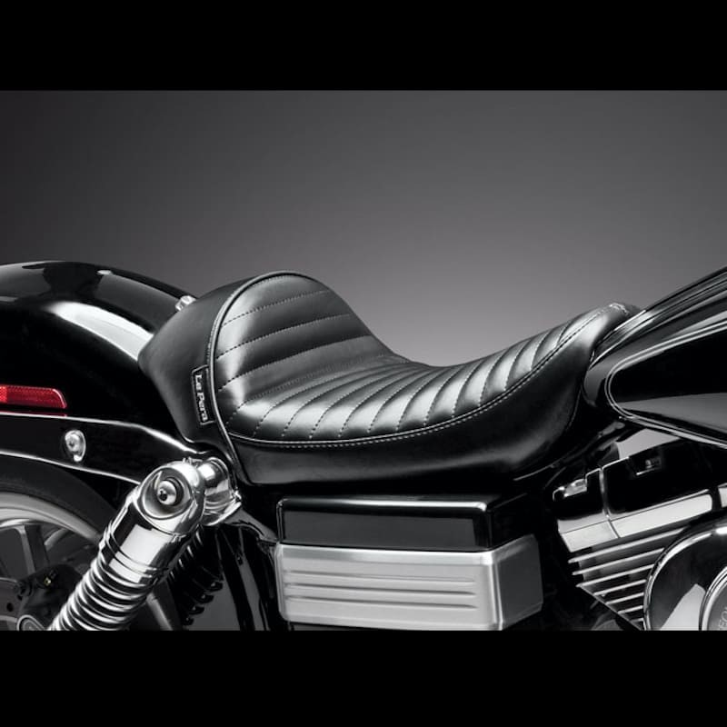LE PERA STUBS CAFE PLEATED SOLO SEAT HARLEY DYNA