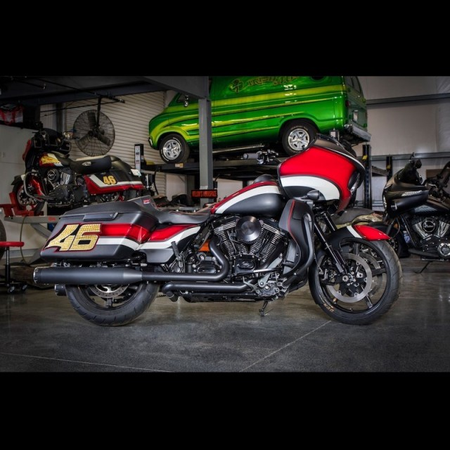 S&S MK45 BLACK SLIP-ON MUFFLERS WITH BLACK THRUSTER CAPS HARLEY TOURING - GARAGE