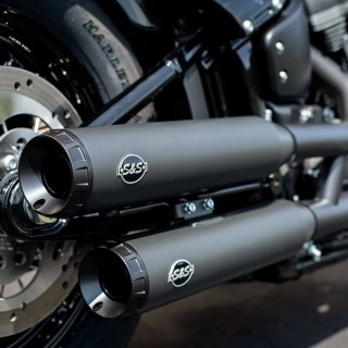 S&S GRAND NATIONAL SLIP-ON BLACK MUFFLERS HARLEY SOFTAIL 18-21 - MOUNTED