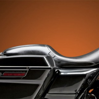 LE PERA SILHOUETTE SMOOTH SEAT HARLEY TOURING 2008-2021 PAUL YAFFE TANK